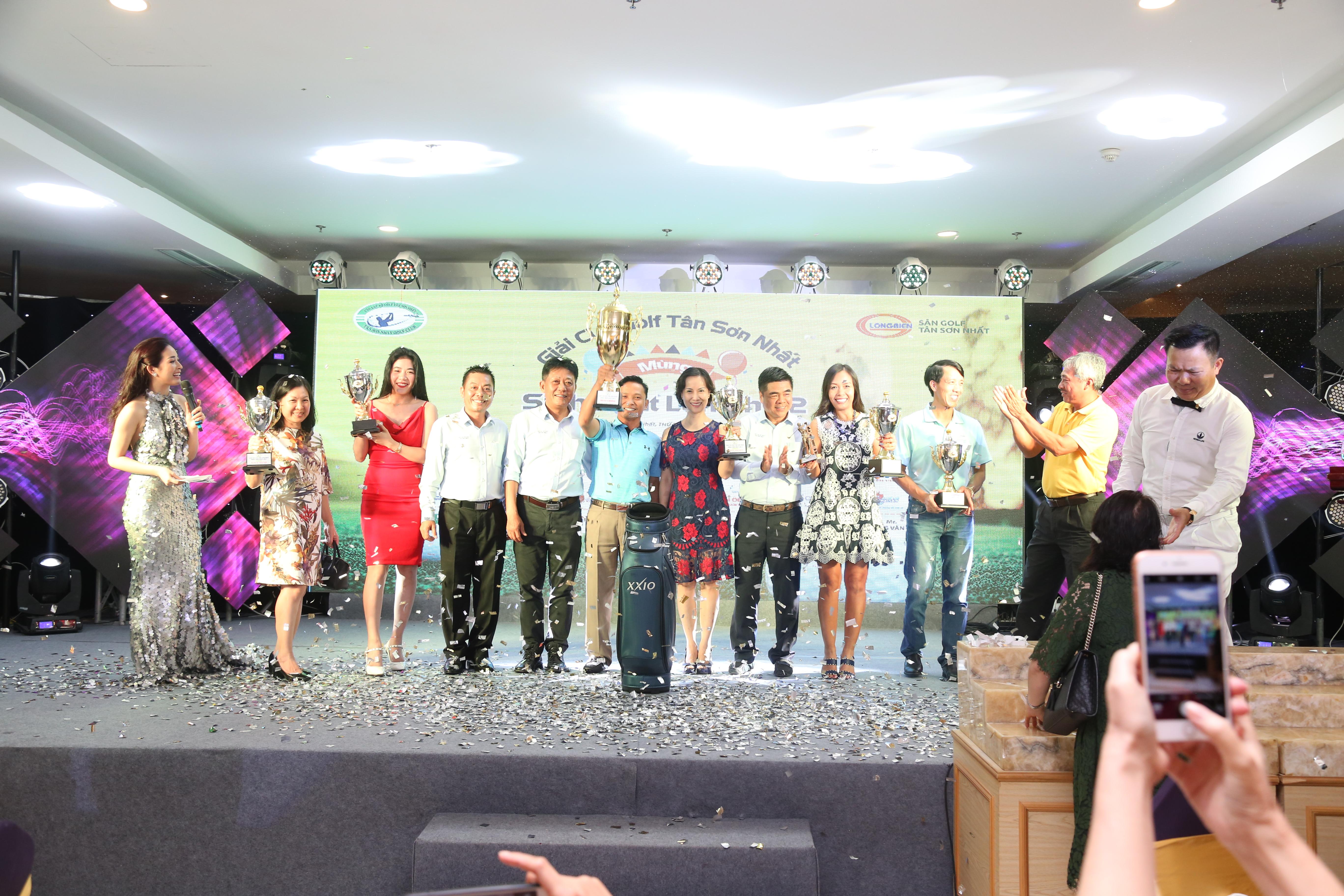 Mừng sinh nhật lần thứ 2 - CLB golf Tân Sơn Nhất