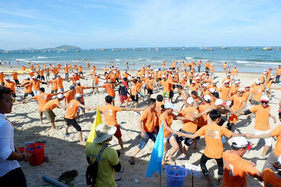 Team Building Long Biên – Đêm Hội Sắc màu